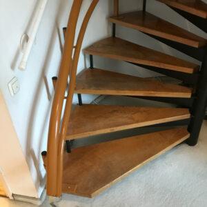 HEIM Treppenlift Wendeltreppe 1