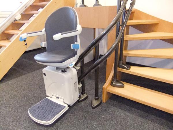 Gebrauchter Minivator Treppenlift