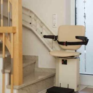 Neuer Kurven-Treppenlift